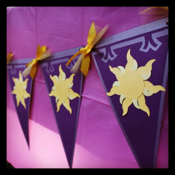 Tangled Party Sun Banner