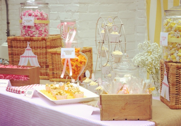Dessert Table 2-The Sweets Table