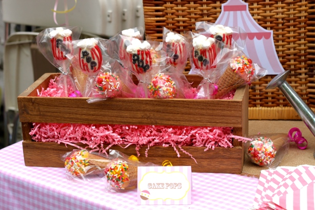 Cake Pops- Let Them Eat Sweets